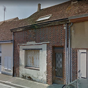 ILLIERS COMBRAY - MAISON DE BOURG - 78 m²